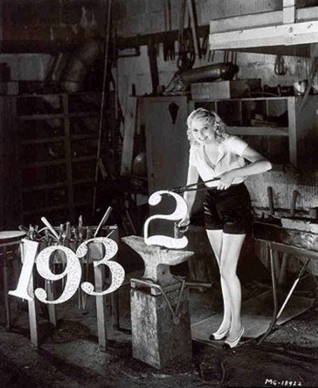 Thelma Todd forges the new year of 1932