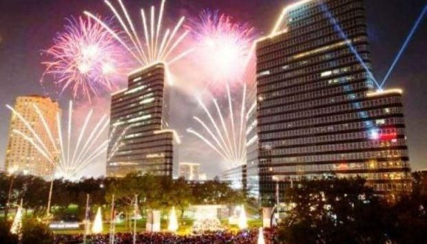 Heading to Houston to welcome the #NewYear? Don't forget to go downtown for the annual New Year's Eve Countdown! 🎆    https://www.eventbrite.com/e/new-years-eve-downtown-tickets-39657700249?aff=es2