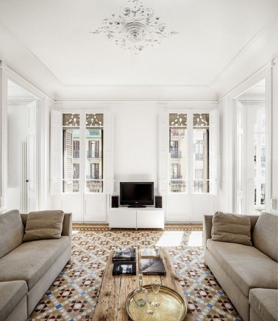 Architect Núria Selva Villaronga created the design of this apartment in a heritage-listed building built in 1908.