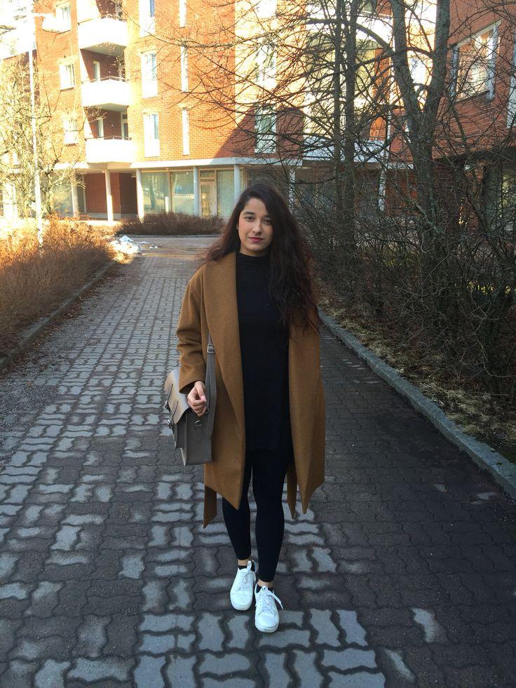 Camel coat: Zara Sneakers: Hm Bag: Cambridge Satchel