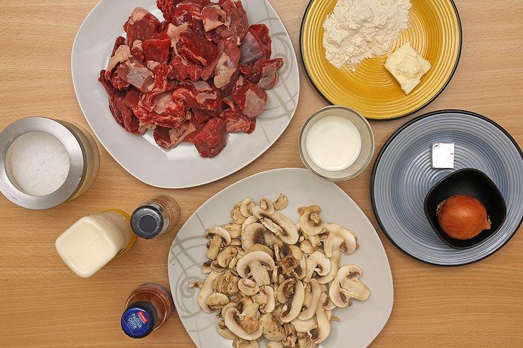 ingredienti per manzo alla stroganoff