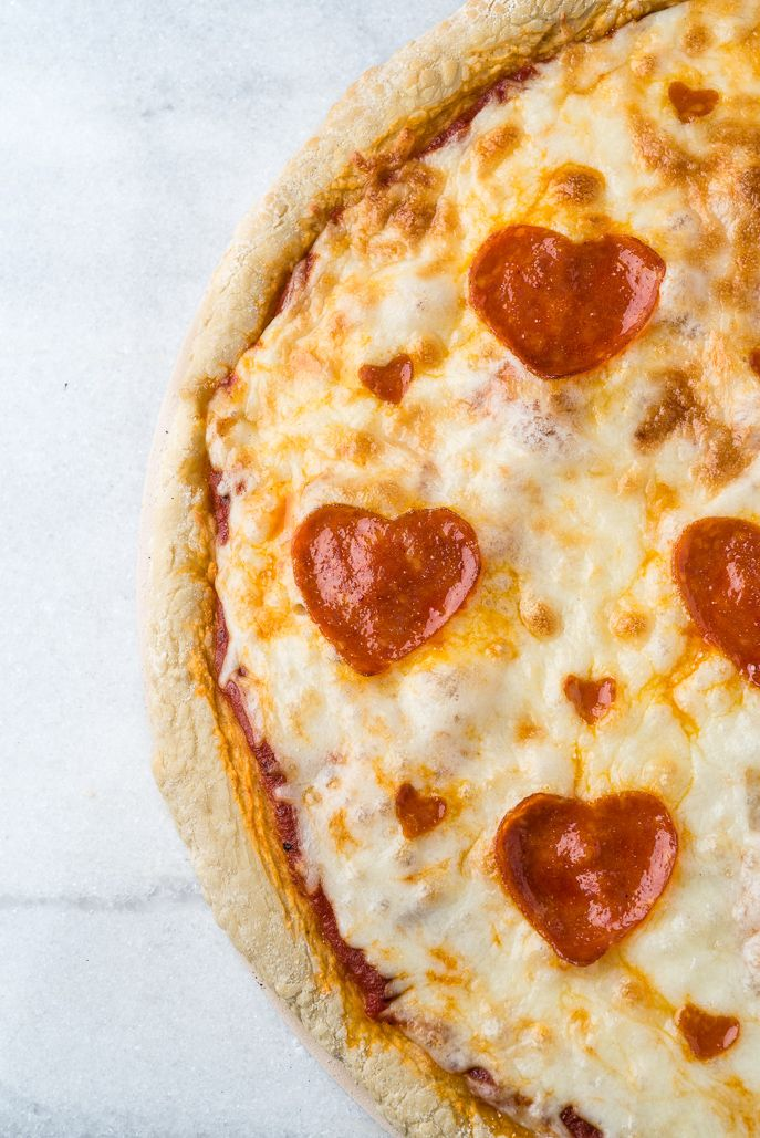 Valentine's Day Heart Shaped Pepperoni Pizza from Everyday Good Thinking by @hamiltonbeach