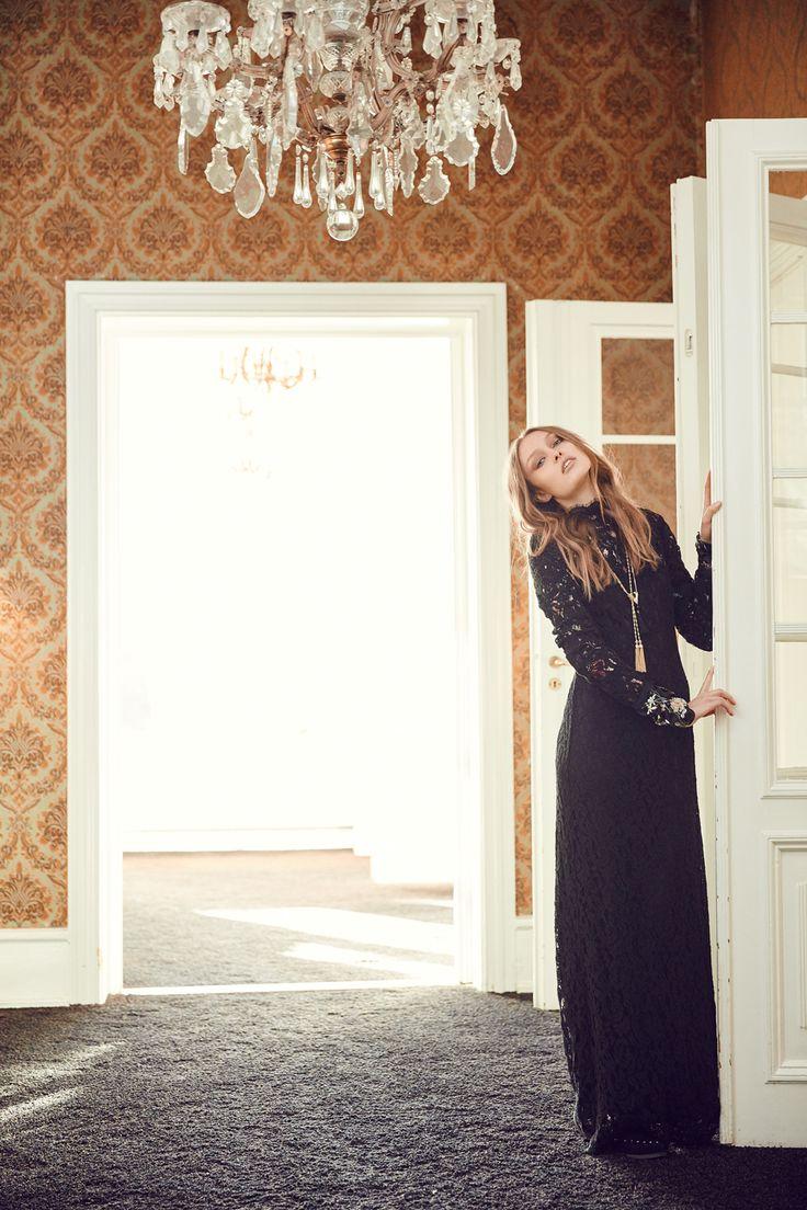 Marylin Lace dress Dea Kudibal AW16 // La Femme Allure