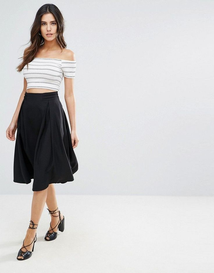 Get this Louche's knee skirt now! Click for more details. Worldwide shipping. Louche Kerra Midi Skirt - Black: Skirt by Louche, Woven fabric, High-rise waist, Zip back fastening, Midi length, Loose fit - falls loosely over the body, Machine wash, 100% Polyester, Our model wears a UK 8/EU 36/US 4 and is 173cm/5'8 tall. (falda por la rodilla, rodilla, rodillas, medio largo, media pierna, knee-length, knee length, 3 / 4 length, midi skirt, mid-rise, longuette por la rodilla, knielanger rock…