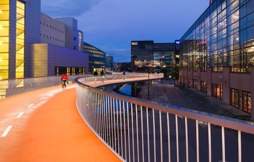 Biciklistički most u obliku zmije u Kopenhagenu - Građevinarstvo