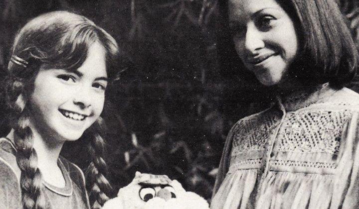 Del baúl de los recuerdos! #LUCERO y la gran actriz Angélica Aragón protagonistas de Chispita.  Quién de ustedes ha disfrutado de esa primera #telenovela de Lucerito y qué recuerdos les trae?  Angélica Aragón nos regaló una inolvidable entrevista llena de anécdotas en Qué onda Lucero?: http://ift.tt/1Lsgytg - http://ift.tt/1HQJd81