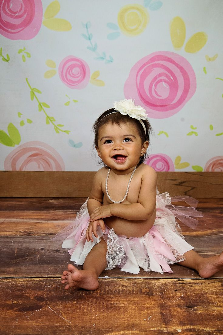 Little gils new jewellery for children first birthday gift ideas - Precious In Her Baby Pearl Necklace And Pink Tutu Great Photo Props For Her First