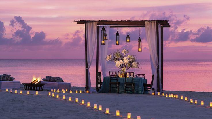 Mais conhecida por ser um paraíso financeiro, as Ilhas Cayman se revelam um paraíso natural além de qualquer expectativa perfeito para namorar e se refugiar com o seu amado.