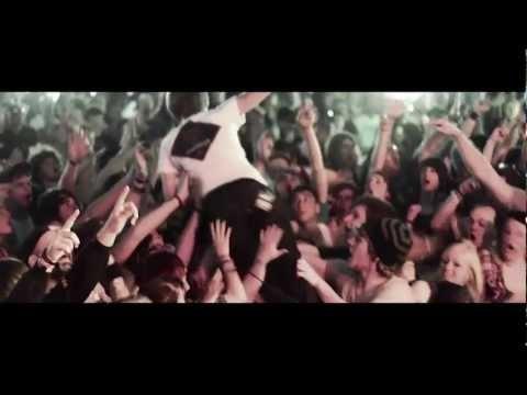 "ME VS HERO - ""My Warren Sense Is Tingling"" Music Video"