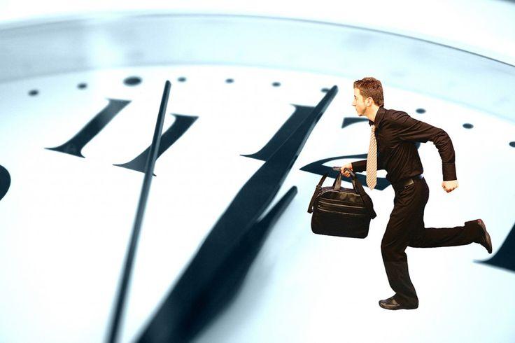 Заглянем правде в глаза, каждый из нас хоть раз переносил старт выполнения задачи на более поздний срок, прикрываясь мелочной занятостью, усталостью или стрессом. Предлагаем взять на вооружение простое правило 2 минут, с помощью которого вам станет легче приступать к выполнению намеченных целей и достигать их.
