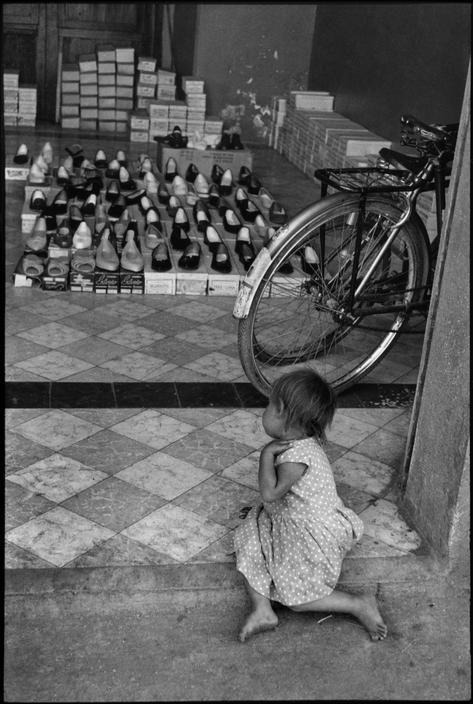 © Henri Cartier-Bresson/Magnum Photos MEXICO. State of Oaxaca. Oaxaca. 1963.