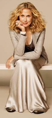 Lauren Hutton -- Love the play of textures with the neutral palette --- no maxi for me, though.