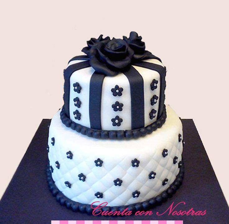 Torta Rosas negras Torta 15 años Torta adolescente