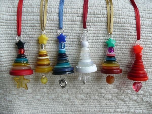 Button Christmas Tree Ornaments by lynn