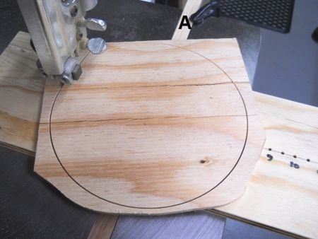 Band saw super simple circle cutting jig gabarit super simple pour couper des cercles la - Comment couper un arbre avec une tronconneuse ...