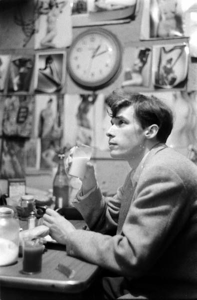 Glenn Gould - milk and crackers, 1956    Photo: Gordon Parks, LIFE. What an amazing person he was!