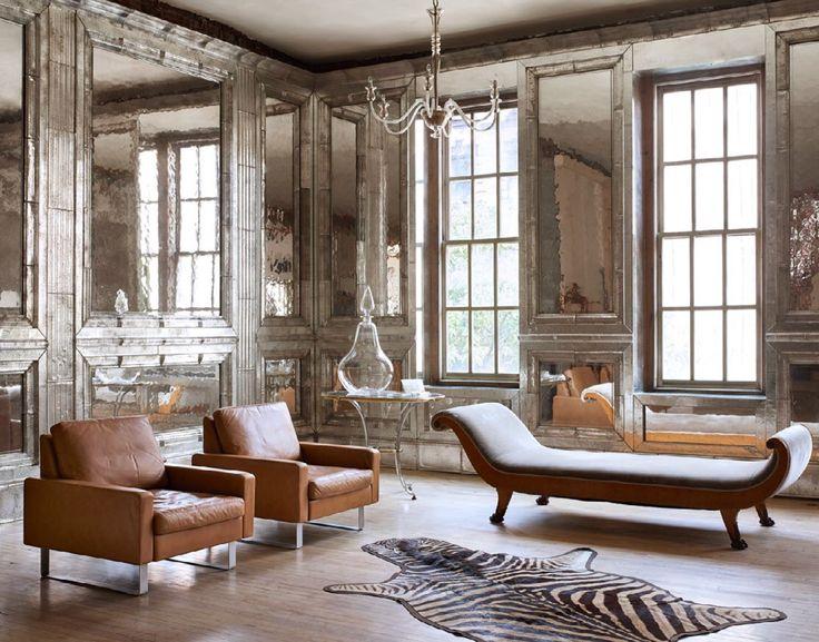 Peggy Guggenheim Salon Living Room
