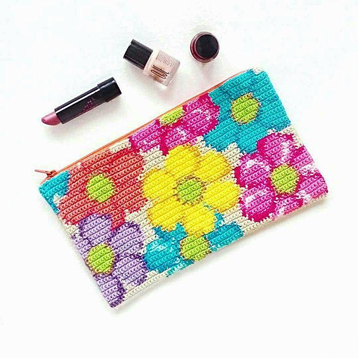 490 vind-ik-leuks, 13 reacties - Emma Du (@annaluciadu) op Instagram: '@Regrann from @x_renk - Merhaba! #crochet #crochetbag #crochetaddict #crochetart #ganchillo…'