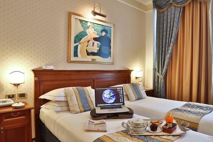Devi viaggiare per lavoro e vuoi ritrovare le stesse comodità del tuo ufficio?  Scopri gli hotel Best Western Love promise for Business con servizi dedicati a chi viaggia per lavoro.