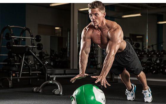 Bodybuilding.com - 2013 Olympia Men's Physique Athlete Steve Cook Prepares For Battle