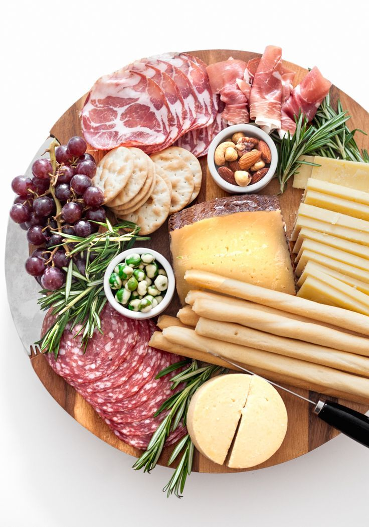 Create a Gorgeous Cheese Board - Fashionable Hostess | Fashionable Hostess