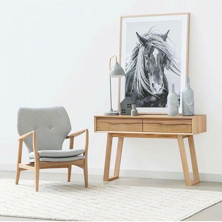 Inspiratiemaandag:  deze week duiken wij in de #sidetables. Wij worden er blij van, helemaal als onze inspiratie vanuit Australi overkomt! l Link in bio l * * * * Credits: @ozdesignfurniture * * * * #interiorstyling #interior4all #interiorstyled #interiordesign #designinterior #livingroomdecor #scandinavianhomes #scandinaviandesign #scandinavianstyle #interior4you1 #dream_interiors #interior123 #mynordicroom #whiteinterior #scandinavianhome #nordichome #nordicdesign #interior9508…