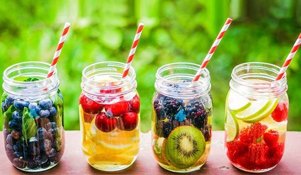 50 Detox Drinks That Help In Weight Loss And Cleanse http://www.fashionlady.in/detox-drinks-that-help-in-weight-loss-and-cleanse/98631