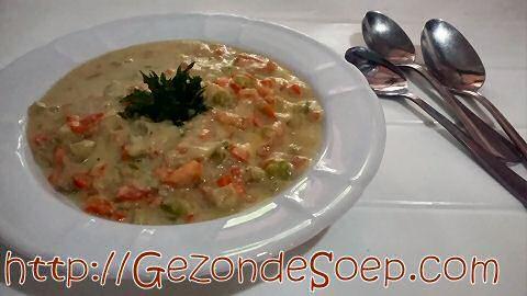 Maak elke soort groentesoep zonder recept en zonder bouillon: volg deze stappen en geniet winter en zomer van lekkere soep met goedkope seizoensgroenten.