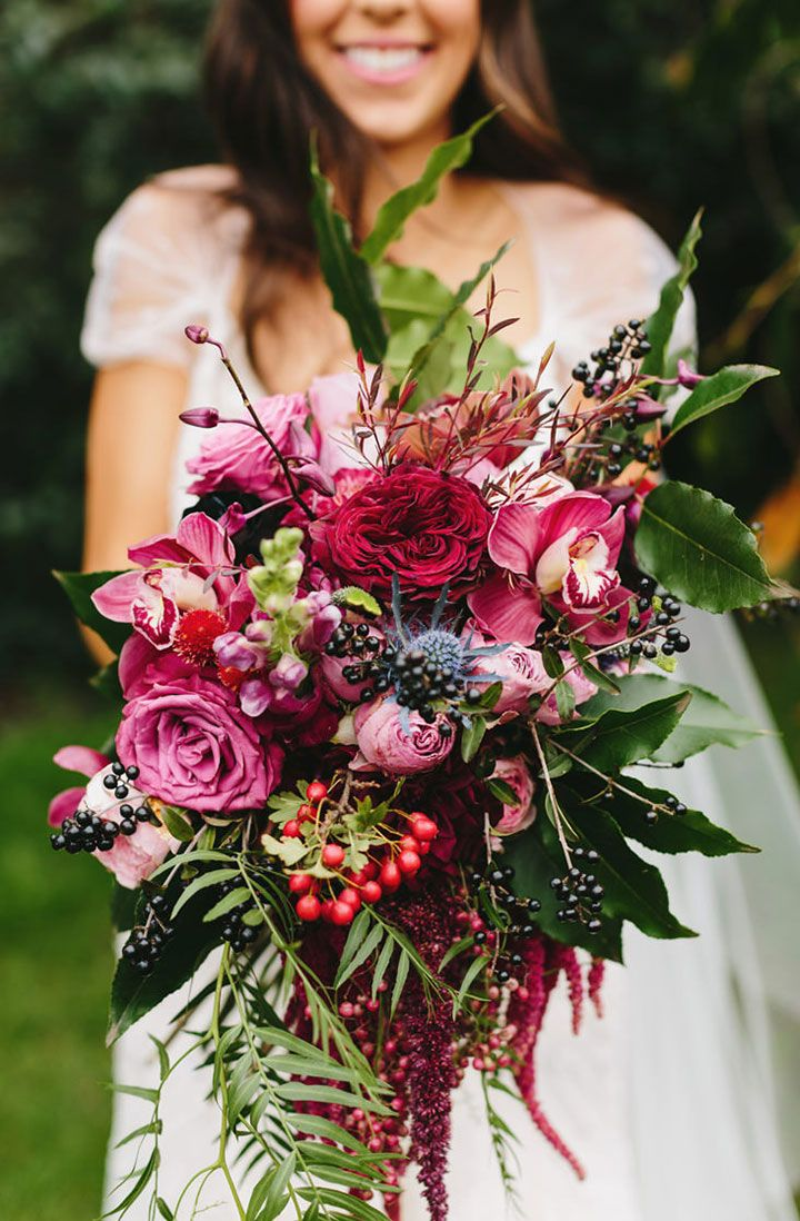 360 best Flowers to Hold - Red Bouquets images on Pinterest ...