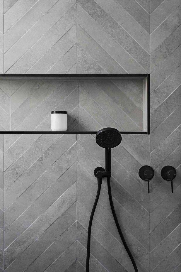Disegni di piastrelle in pietra a prezzi accessibili per la doccia del bagno 23