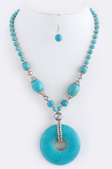 Stone Necklace w/Donut Focal & Matching Earrings