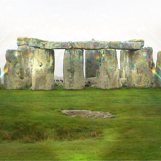 Stonehenge illuminated,druids