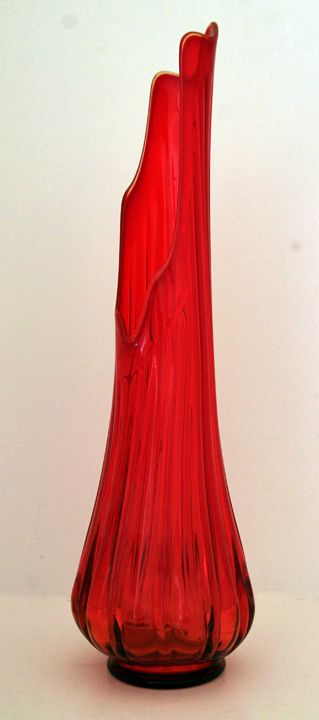 Red Black Stagecoach Design Glass Flower Vase