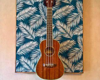 PALM Ukulele Guitar Wall Hanger - Support Ukulele Stand