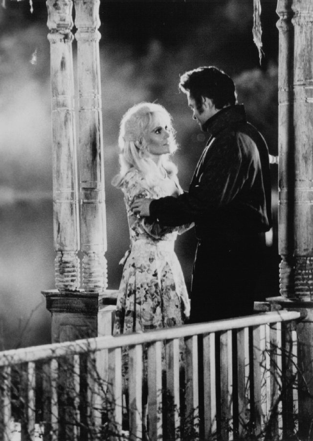 Heartbreak Hotel (1988)   Photos with David Keith and Tuesday Weld: Public Photos, Events Photos, First Pictures