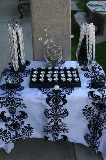 diamonds and pearls theme - photo #5