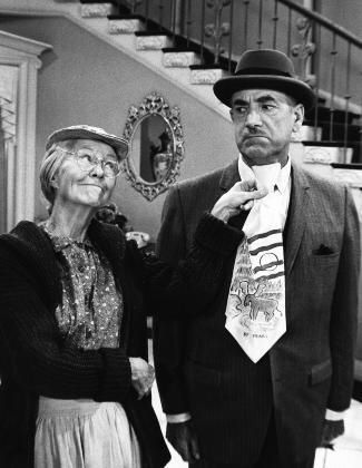 Irene Ryan as 'Grannie' with 'Mr. Drysdale' (the banker) played by Raymond Bailey on TVs The Beverly Hillbillies.