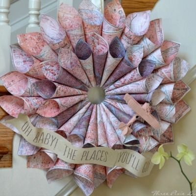 10 Suprising Items That Make Lovely Wreaths
