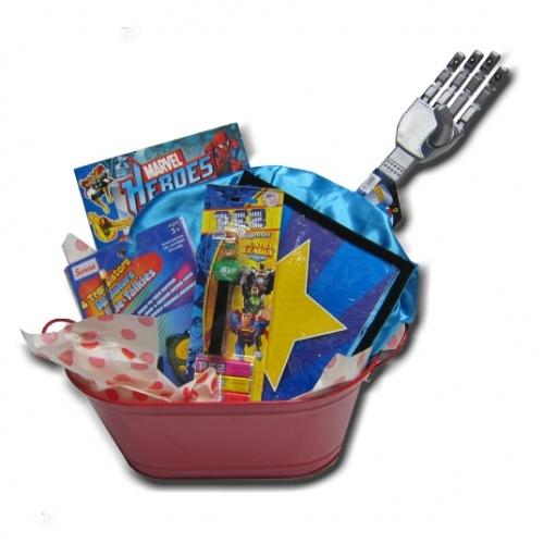 Super hero gift bucket - www.theredballoon.com