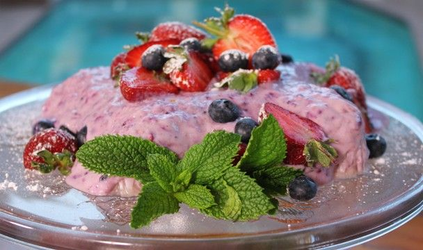 Frozen Berry Yoghurt Loaf : Food : The Home Channel