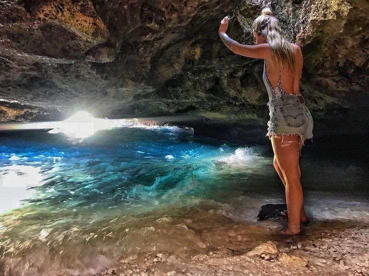 269 Likes, 8 Comments - tay (@taytakesatrip) on Instagram #mermaidcaves #mermaidcave #hawaii #honolulu #oahu #secret #secretcave #cave #travel #taytakesatrip