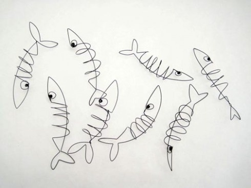 wire fishes.  Inspiration for quilting pattern.
