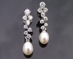 The Tamara Drop Pearl Earrings Euro64