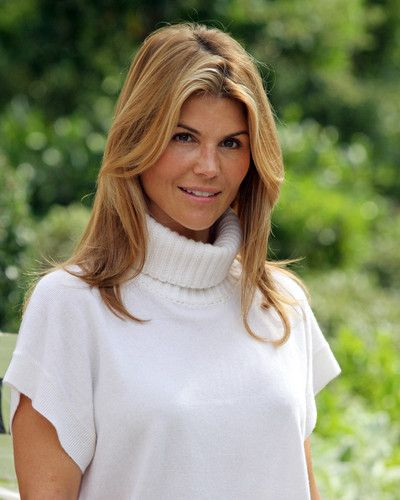 Lori Loughlin as Ava Gregory ( Ava is a struggling clothes designer, who gets custody of her niece and nephews, she lives with her best friend and business partner, Susannah Rexford, her friend, an ex- pro.surfer, Jay Robertson and her ex-boyfriend, real estate agent, Johnny Durrant. )