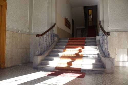 0.3 Stanze trieste 0.3 Stanze offers pet-friendly accommodation in Trieste.  Certain rooms have a seating area to relax in after a busy day. Every room includes a shared bathroom. 0.3 Stanze features free WiFi throughout the property. A flat-screen TV is provided.