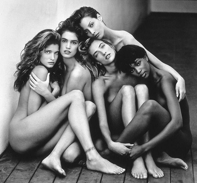 Стефани Сеймур, Синди Кроуфорд, Татьяна Патиц, Кристи Терлингтон, Наоми Кэмпбелл. Фото: Херб Ритц, 1989