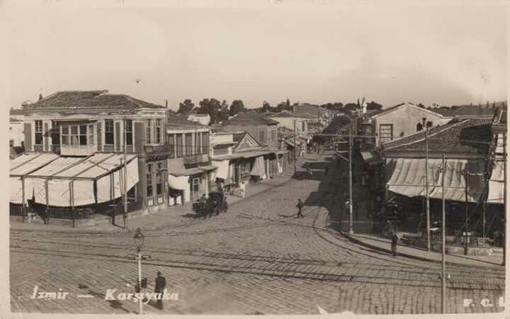 1930'lu yıllar iskeleden çarşı girişi _ Karşıyaka