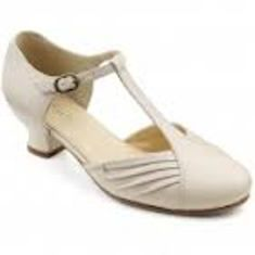Top Hotter Shoes Designs for Women - One of the famous brands for women shoes is Hotter, and from its name you can realize that it presents a hot collection of shoes for women. It tries t... -  images (7) - Copy ~♥~ ...SEE More :└▶ └▶ http://www.pouted.com/top-hotter-shoes-designs-for-women/