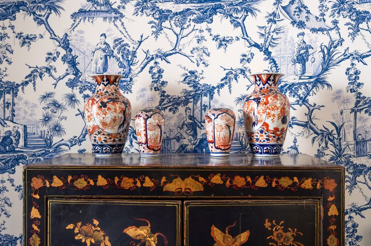 Furnishings throughout are a much-loved miscellany of 17th-19th Century family antiques intelligently integrated alongside modern and classic pieces and decorative features.