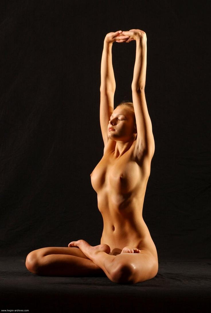 Senior wblack women nudist photos